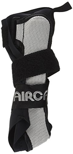 Aircast A60 Ankle Support Brace, Right Foot, Black, Small (Shoe Size: Mens 4-7 / Womens 5-8.5)