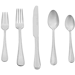 AmazonBasics 65-Piece Stainless Steel Flatware Set 418ySQAd 2BmL