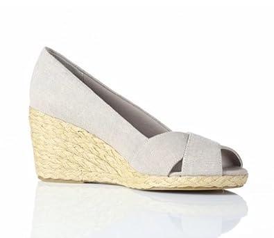 e6dc2898fe4 Chaps Womens Peep-Toe Espadrilles, khaki, Size 6.5