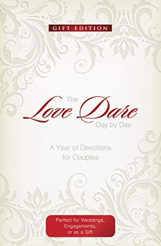 The Love Dare Day by Day, Gift Edition: A Year of Devotions for Couples