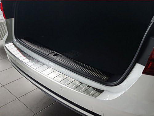 Fahrzeugspezifischer Ladekantenschutz aus Edelstahl mit 3D Abkantung AZUGA AZ29000102