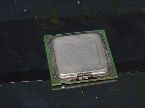 4 Lga775 Intel Pentium Processor (Intel Pentium 4 SL87L 3.06Ghz/1M/533 LGA775 CPU)