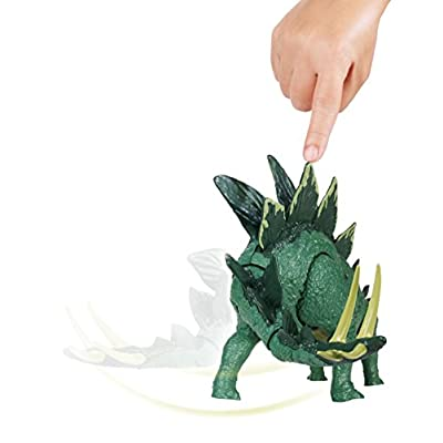 Jurassic World Action Attack Stegosaurus Figure: Toys & Games