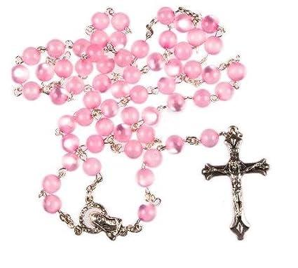 Rosario de perlas de color rosa. Rosarios en color rosa. Rosario de color rosa