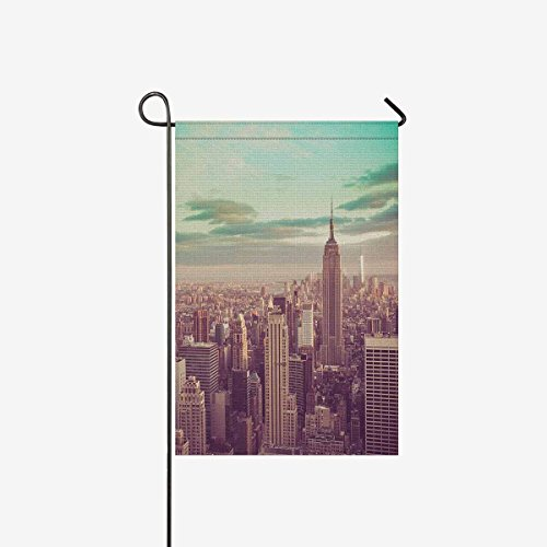 (BoloHome Garden Flags Double Side New York City Skyline Manhattan NYC House Banner 12x18inch, Decorative Flag for Party Yard Home Outdoor Decor, 100% Polyester)