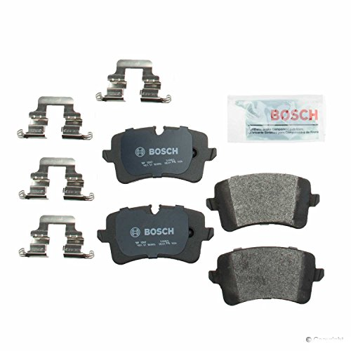 (Bosch BP1547 QuietCast Premium Semi-Metallic Rear Disc Brake Pad Set)