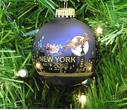 Kurt Adler New York Santa Skyline Painted Ball Ornament, ()