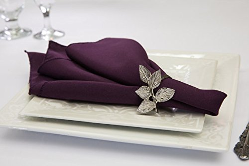 Pack of 12 Polyester Napkins (Plum)]()