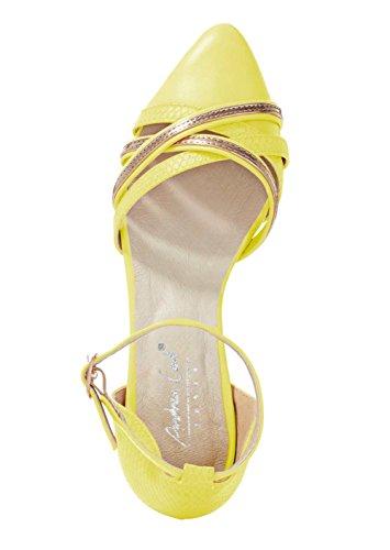 Andrea Conti Ballerina