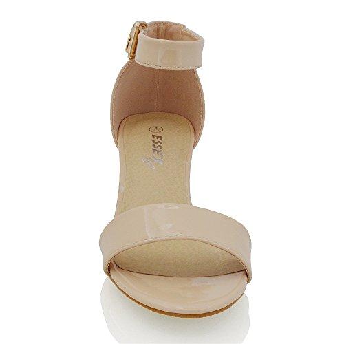 Essex Glam Dames Lage Hak Strappy Synthetische Sandalen Naakt Patent