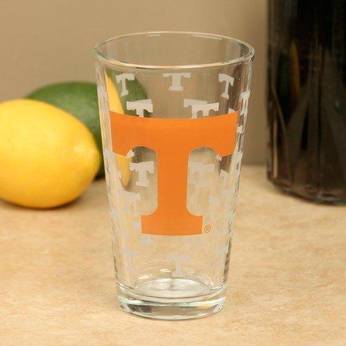 (NCAA Tennessee Volunteers 16oz. Satin Etch Pint Glass)