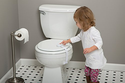 4198XR ZQ%2BL Safety 1st OutSmart Toilet Lock, White    Curious kids try to explore everywhere, but the Safety 1st OutSmart Toilet Lock helps you keep them safer with the first ever decoy button. Your child will think the decoy button will let them open the toilet, but pushing it has no effect. You'll know that the surface on the sides hides the actual secret to opening the lid. The OutSmart Toilet Lock installs easily and the strap detaches for periods of non use.