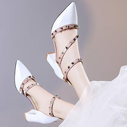 Verano Grueso Sandalias Zapatos De white Viento Tacon GTVERNH Puntiagudas Hembra Cm Primavera De Rivet El Tacon Alto Famoso 7 qZpaST