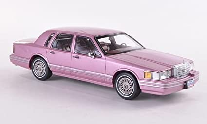 Amazon Com Lincoln Town Car Metallic Pink 1990 Model Car Ready