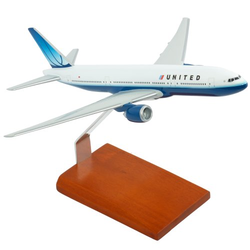 - Toys and Models Corporation B777-200 United