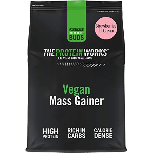 Vegan Mass Gainer | Kalorienreicher & Proteinreicher Pulver-Shake | Kohlenhydratreicher Weight Gainer | THE PROTEIN WORKS | Erdbeer-Sahne | 2kg
