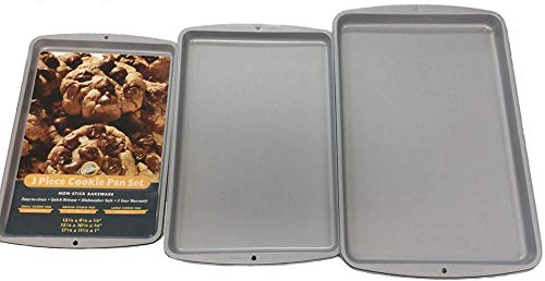 Wilton 2105-0796 3 Piece Cookie Sheet Set