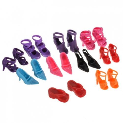 60 Pair Different doll shoes, high-heel shoes, boots - made for Barbie-sized doll M-zone
