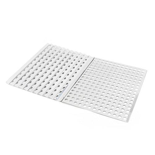 Amazon.com: eDealMax Metal Picnic al aire Libre del rectángulo Squares Forma agujeros asando a la parrilla Barbacoa cesta de alambre de Malla DE 30 x 22 cm ...