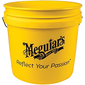 Meguiar S Yellow Bucket Make Car Washing Easy With Bright Bucket For Water And Suds 3 5 Gal