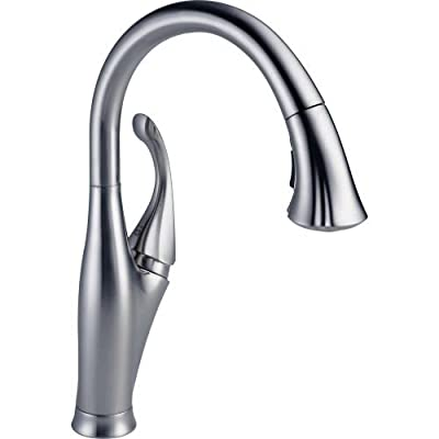 Delta Faucet Addison Single Handle Pull-Down Kitchen Faucet with Magnetic Docking