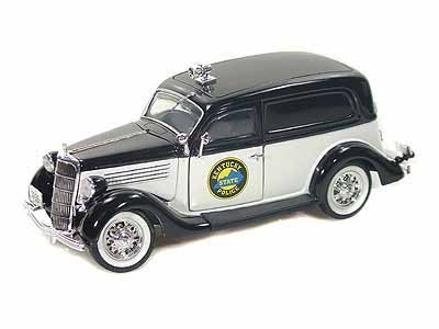 (1935 Ford Sedan Delivery Kentucky Police Department 1/24 Black & White)