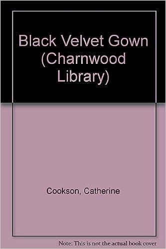 Black Velvet Gown (Charnwood Library)