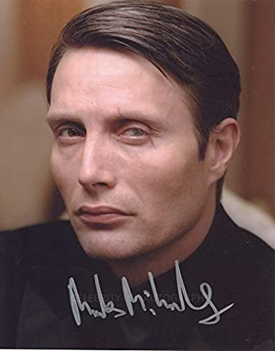 Mads mikkelsen casino royale apologise, but