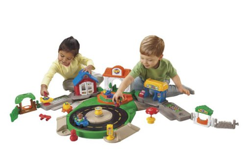 (Fisher-Price Little People Discovery Village)
