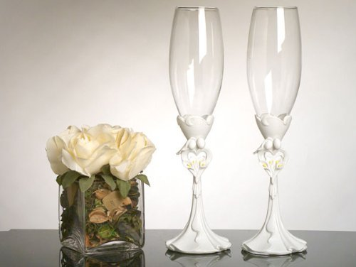 Bride and Groom with Calla Lily Bouquet Toasting Glasses