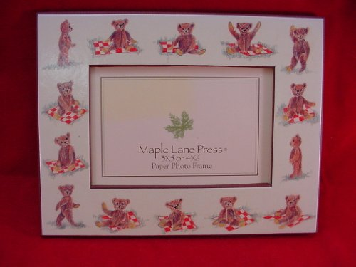 PICNIC BEAR Photo FRAME (3X5, 4X6) with easel