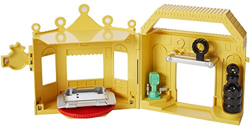 - Disney/Pixar Cars Luigi's Casa Della Tires Playset (1:55 Scale)