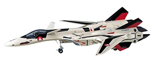 Macross Plus YF-19 Advanced Fighter 1/72 Scale