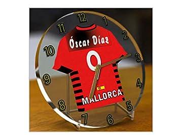 Reloj de sobremesa, diseño de camiseta de fútbol de La Liga española, color Real Mallorca: Amazon.es: Oficina y papelería