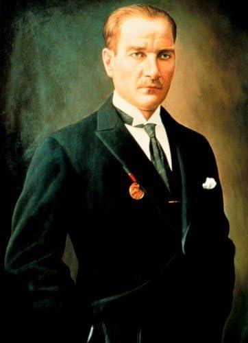 "Mustafa Kemal Ataturk Poster brillant Cadre photo Banner turc Président,  24""x36"": Amazon.ca: Maison et Cuisine"