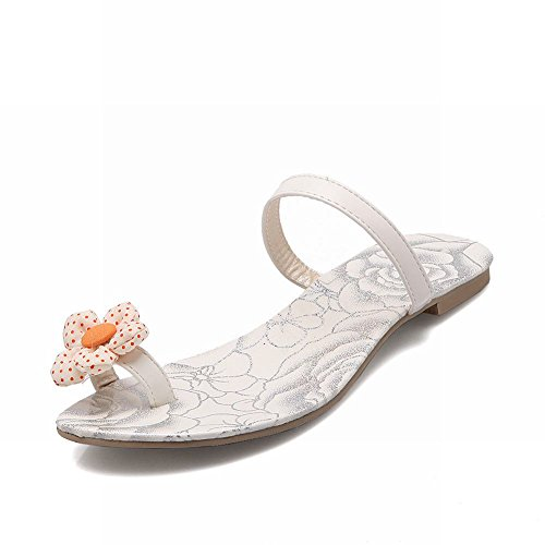 Carol Skor Mode Womens Tå Ring Polka-dots Tillfälliga Chic Applique Flats Sandaler Vit