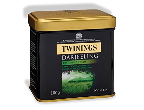 Twinings Black Tea Darjeeling, Delicate and Fresh Loose Tea Tin / 100g / 3.5oz. From UK