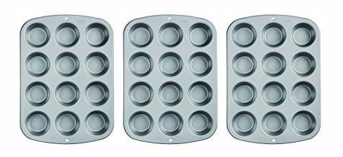 Wilton Recipe Right Nonstick 12-Cup Regular Muffin Pan 3pk