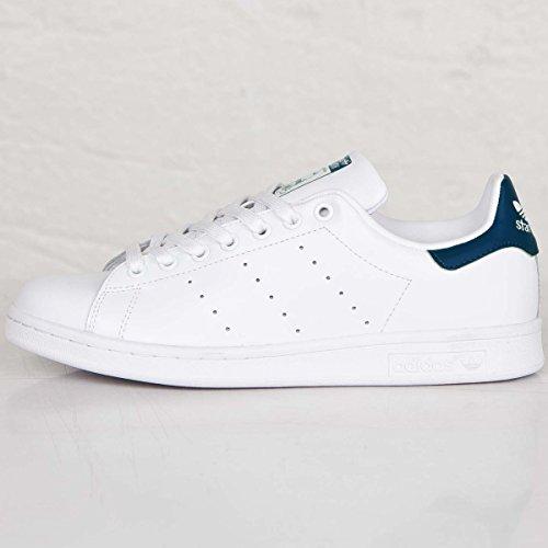 adidas白スニーカー メンズ