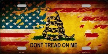Don't Tread On Me American Flag Novelty Metal License Plate ()