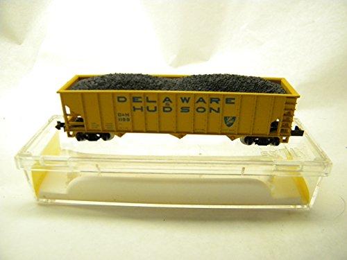 - Atlas 3271 Delaware & Hudson 3 Bay 90 Ton Hopper with Coal Load N Gauge
