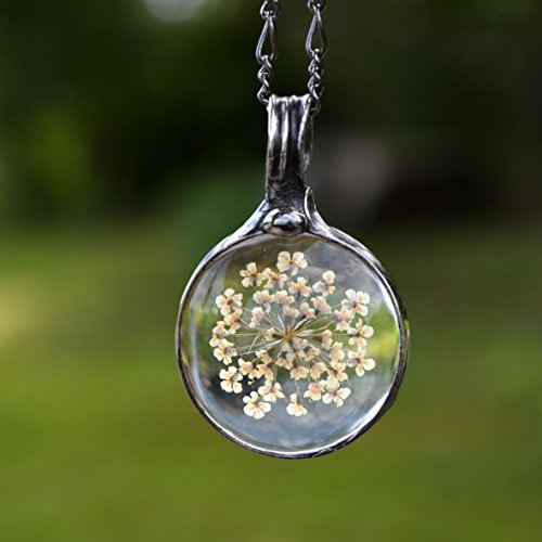 Real Queen Anne's Lace White Pressed Flower in Glass Handmade Wildflower Terrarium Jewelry Queen Annes Pendant Necklace 2777