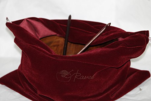Ravel Large Wooden Yarn Bowl Gift Set for Knitting Crochet with Two Different Size Hooks (1 x H-8 5mm, 1 x J-10 6mm), 7x4 inches Handcrafted Rosewood Yarn Holder and Velvet Bag