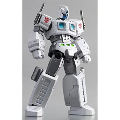 Transformers Kaiyodo Revoltech Super Poseable Action Figure Ultra Magnus: Everything Else