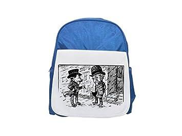 Nariz grande para hombre en un día lluvioso. Mochila azul infantil estampada, bonitas mochilas, lindas mochilas pequeñas ...