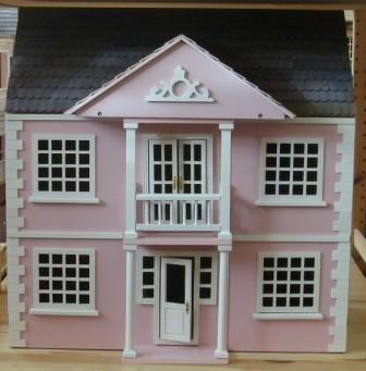 maison de poup e victorienne ventana blog. Black Bedroom Furniture Sets. Home Design Ideas