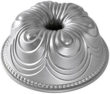 Nordic Ware 87437 Chiffon Bundt Cake Pan, 3.75 x 9.75 x 9.75, Metallic