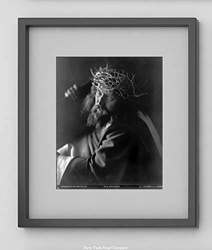 New York Map Company  Jesus Christ, Wearing Crown of Thorns & Carrying Cross|1910 German Photograph: Passionsspiele Oberammergau Kreuztragung|Christian Art, Passion of Christ|8x10