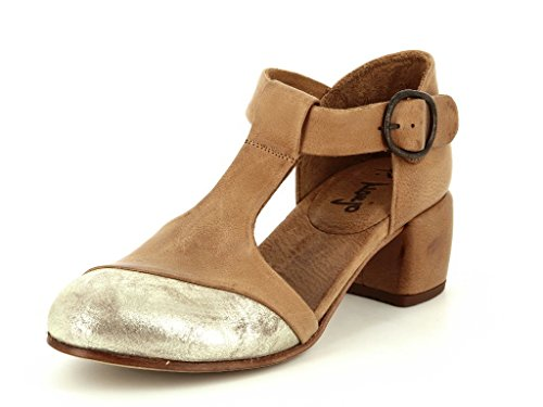 P. Monjo 6772 Caramel Dames Ballerina Schoenen En Sluiting In Medium Gr. 40