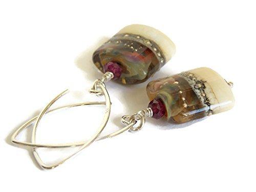 Neutral Ivory Artisan Lampwork Earrings (Artisan Lampwork Earrings)
